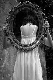 Challenge O Que ã Espelho Na Parede Reflexão Fotografia De Arte Preto E Branco