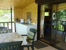 la baie batterie de cuisine le séjour location gite val de somme 80 à 2 pas de la baie