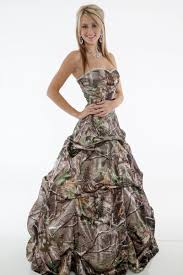 camo wedding dresses types of camo wedding dresses worth going for medodeal