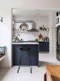 cuisine blanche et bleue la tentation d une cuisine bleue