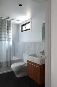 4 X 7 Bathroom Layout Best 25 5x7 Bathroom Layout Ideas On Pinterest Small Bathroom