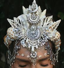 finding seashells along coasts and in the ocean is a hobby that these handmade seashell crowns will make anyone feel like royalty diy costume mermaid