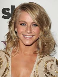 julia hough new haircut julianne hough short hair celeb hairstyles
