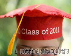kindergarten graduation hats how to make a kids graduation hat dabbled experiments in