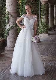elvish style wedding dresses the shoulder wedding dresses