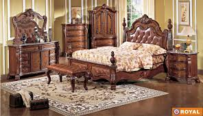 Royal Bedroom by Elegant Bedroom Sets