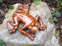proof tree frog ceramic garden ornament