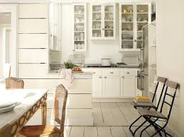 benjimin moore benjamin moore 2016 color of the year is simply white