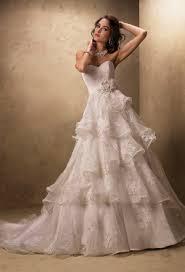 katniss everdeen wedding dress costume katniss wedding dress cake wedding cake inspired by katniss