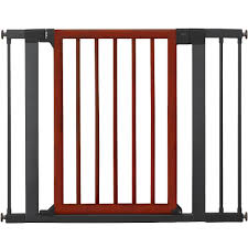 Large Pressure Mounted Baby Gate Munchkin Protect 29 5 40 5 Inch Wood And Steel Designer Safety