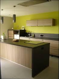 cuisine en couleur decoration cuisine bleu et jaune avec cuisine en couleur idees et