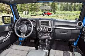 jeep nukizer interior 2012 jeep wrangler is more fuel efficient with new 3 6 liter