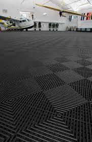 Garage Floor Tiles Cheap Rubbertrax Swisstrax Recycled Garage Floor Tile Garage Workshop