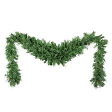 Pre Decorated Christmas Garland Decorating A Mantle With A Christmas Garland Pre Decorated