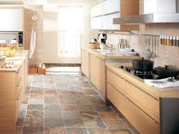 cuisine en naturelle carrelage pour sol de cuisine sol en gres imitation parquet
