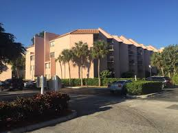 search presidential golfview condo real estate listings in west