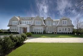 Gambrel Style House Gorgeous Gambrel Style New Build In Sagaponack Ny Homes Of The Rich