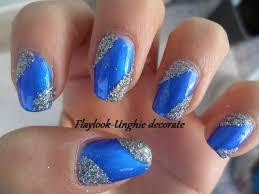 video tutorial 36 nail art natalizia con smalto blu elettrico e