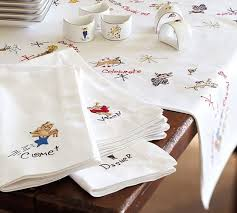 pottery barn table linens reindeer napkins mixed set of 9 pottery barn