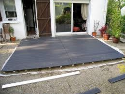 photo terrasse composite réaliser sa propre terrasse en lames composites jardin et maison
