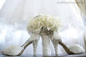 wedding shoes edmonton lebanese wedding edmonton danielle faisal blue photography