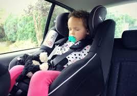 siège auto bébé dos à la route j ai testé le siège auto spin 360 de joie un siège auto isofix