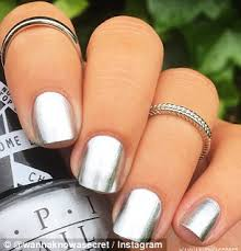 the new mirror nail trend and how you can achieve the look daily