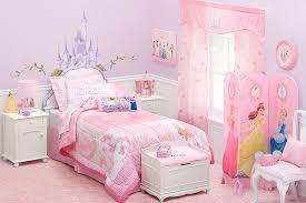 disney kinderzimmer gestalten sie rosa kinderzimmer für kleine prinzessin