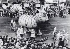 the top 10 secrets of the macy s thanksgiving day parade in nyc
