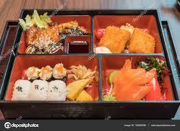 cuisine traditionnelle japonaise bento set cuisine traditionnelle japonaise photographie topntp
