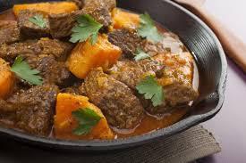 cuisiner du boeuf en morceaux recette tajine de boeuf safrané aux patates douces 750g