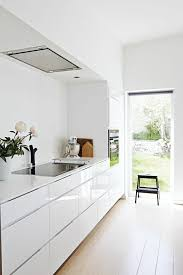 photo de cuisine blanche cuisine cuisine blanche peinture cuisine blanche peinture or
