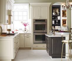 pictures of off white kitchen cabinets off white kitchen cabinets kemper cabinetry