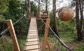 chambre d hote cabane dans les arbres nuit cabane dans les arbres cabanes dans les arbres bretagne