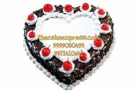 heart shape black forest cake delivery gurgaon online delivery