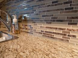 Glass Kitchen Tiles For Backsplash by Best 25 Brown Kitchen Tiles Ideas On Pinterest Backsplash Ideas