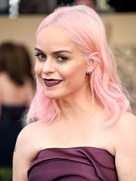 pinks current hairstyle taryn manning pink hair at the 2017 sag awards popsugar beauty