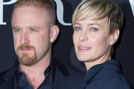 house of cards robin wright hairstyle house of cards star robin wright gets dirty about her sex life