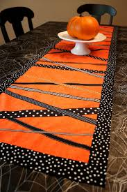 halloween lace tablecloth 955 best manteleria images on pinterest crafts table runners