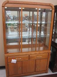 2 Piece China Cabinet 50 X 18 X 78 Oak Finish 2 Piece China Hutch Top Has Rounded