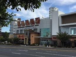 shopping mall in towson md towson town center