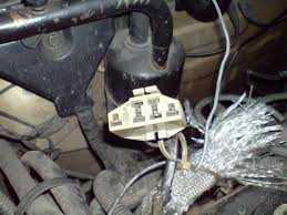 diagnostic connector on 1992 sable 3 0 vulcan maintenance