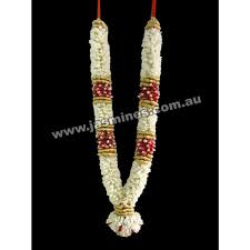 flower garlands for indian weddings wedding garlands 035