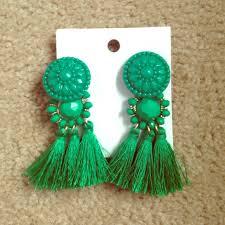 hm earrings 33 h m jewelry green tassel earrings from emily s closet on