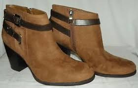 womens ankle boots size 11 liz claiborne fawn womens ankle boots taupe side zipper size 11