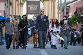 universal studio halloween horror nights universal orlando holding auditions for halloween horror nights