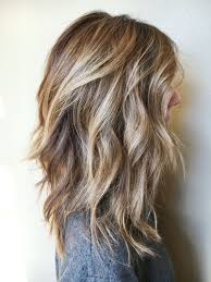 shoulder length hair with layers at bottom best 25 medium length layers ideas on pinterest medium layered