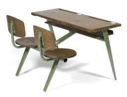 jean prouvé petit bureau deux places n 850 en tôle pliée et