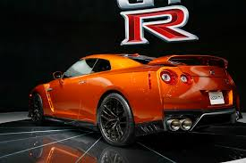 new nissan sports car 2017 2017 nissan gt r certainly looks civilized and elegant prodigitalweb