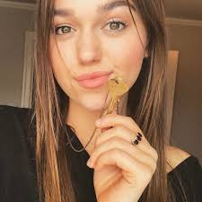 sadie robertson hairstyles for 2018 giving key i love this idea gotta watch the video to